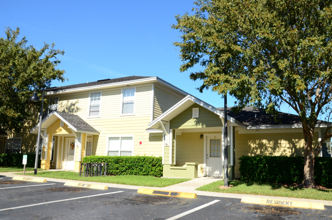 Club Wildwood Apartments - Affordable Housing