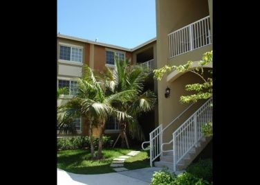 Corinthian Apartments Miami, FL   33147