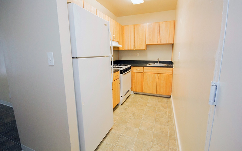 Cutler Manor Apartments - Affordable Apartments