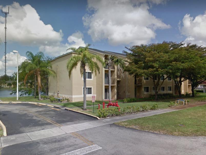 Walden Pond Villas - Affordable Apartments