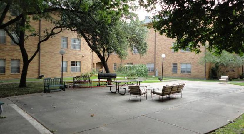 silver gardens apartments 2620 ruidosa avenue dallas tx 75228