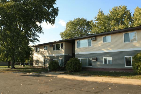 Belle Plaine Apartments