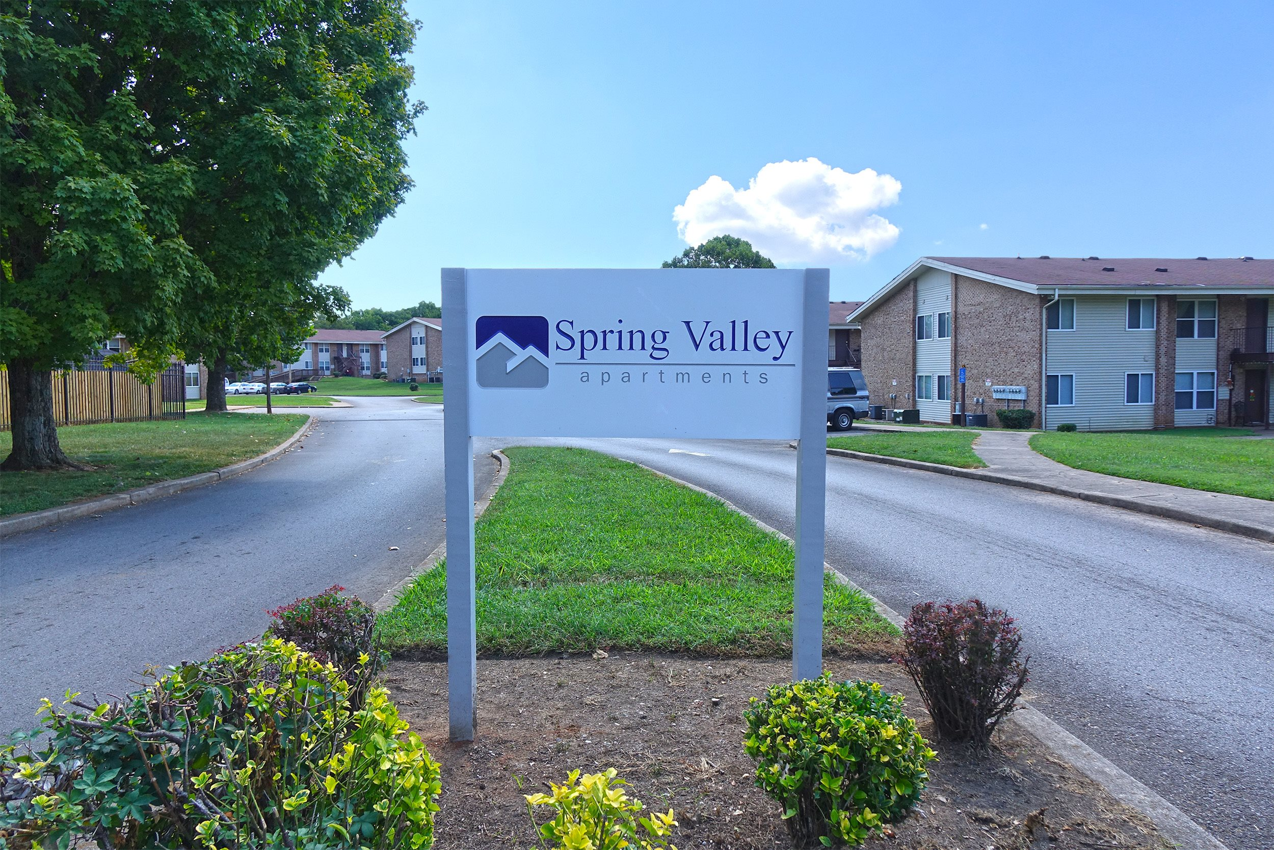 Spring Valley Apartments - Low Income, 1400 Manor Dr ...