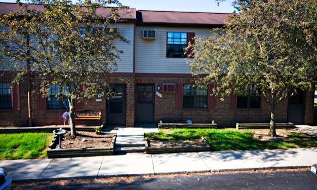 Delaware Village - Low Income Apartments, 675 Fern Dr