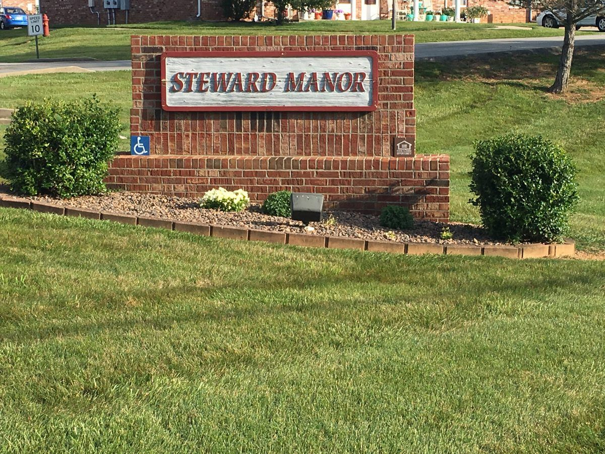 Steward Manor
