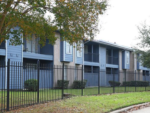 Arbor Court Apartments, 802 Seminar, Houston, TX 77060 ...