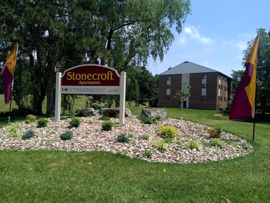 Stonecroft Apartments