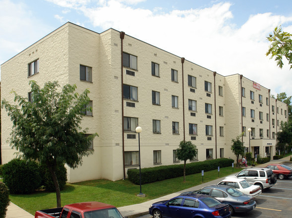 Twin Oaks Plaza - Affordable Senior Housing