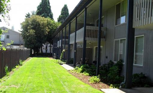 College Manor