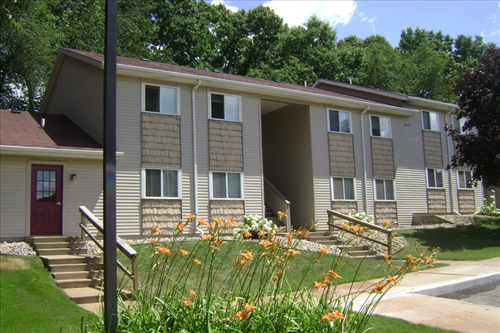 Parkwood Apartments - Low Income