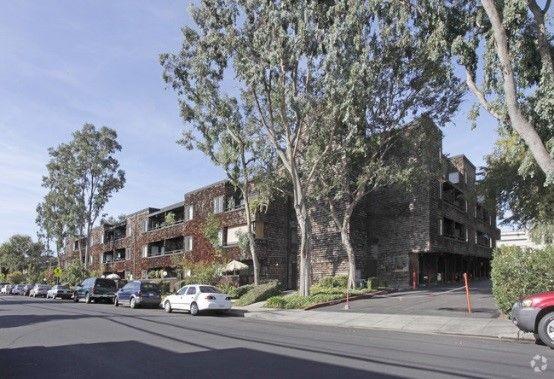 Redwood City Commons