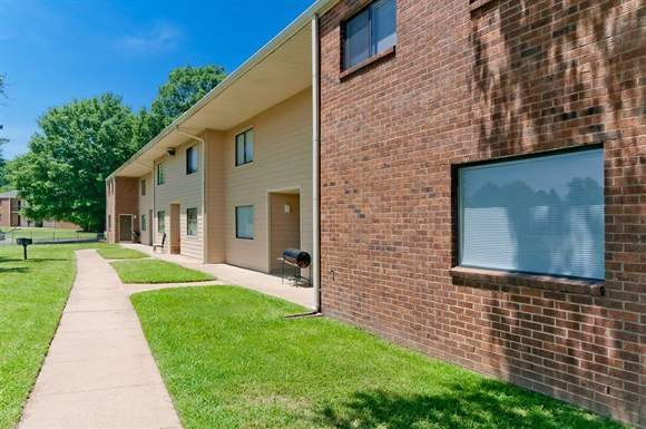 Breezy Point Apartments - Low Income