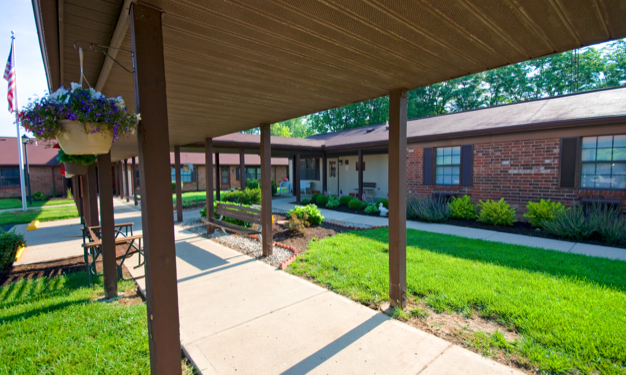 Englewood Village - Low Income Apartments, 1000 Taywood Rd ...