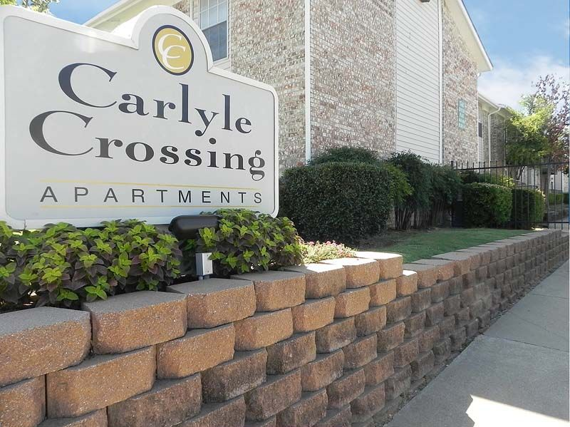 Carlyle Crossing