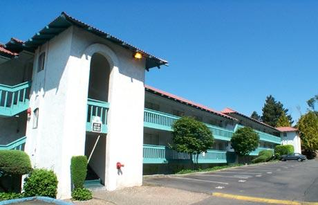 La Vista Apartments
