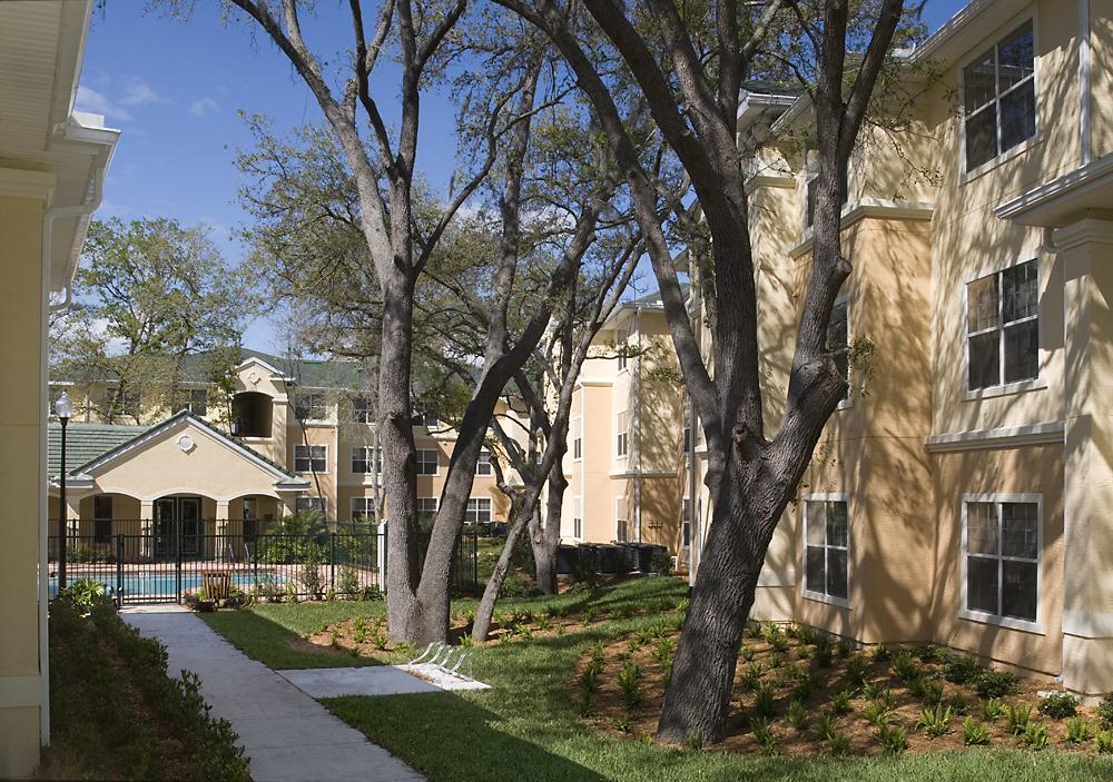 Lake Kathy Apartments