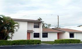 Auburn Gardens Apartments Fort Lauderdale