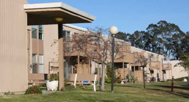Parkside Manor Public Housing Apartments Salinas