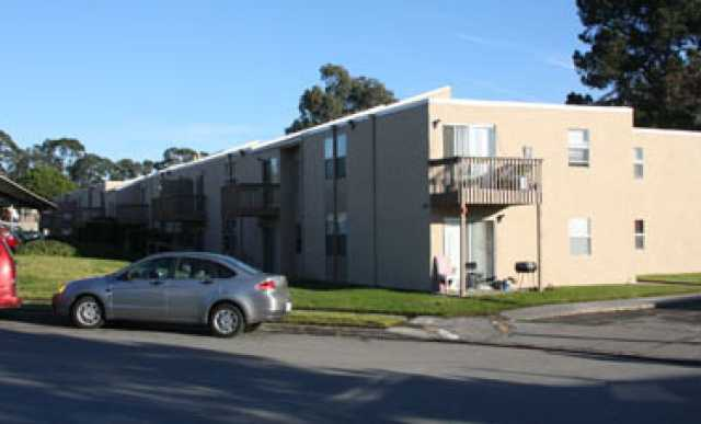 Parkside manor public housing apartments salinas 1112 for Parkside manor