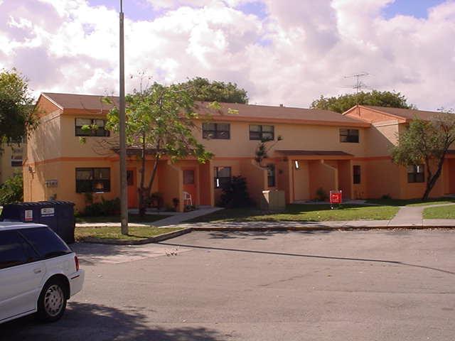 La Esperanza Public Housing Hialeah