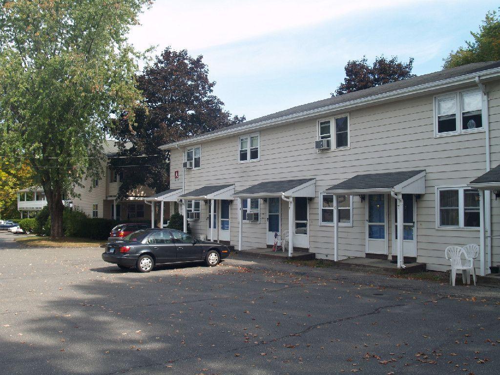 Shamrock West Apartments