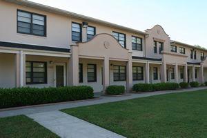 Little Mexico Village Dallas Low Rent Public Housing Apartments Tx 75201