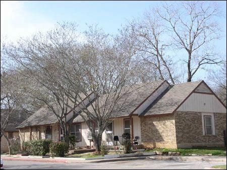 Manchaca Village - Austin Low Rent Public Housing Apartments
