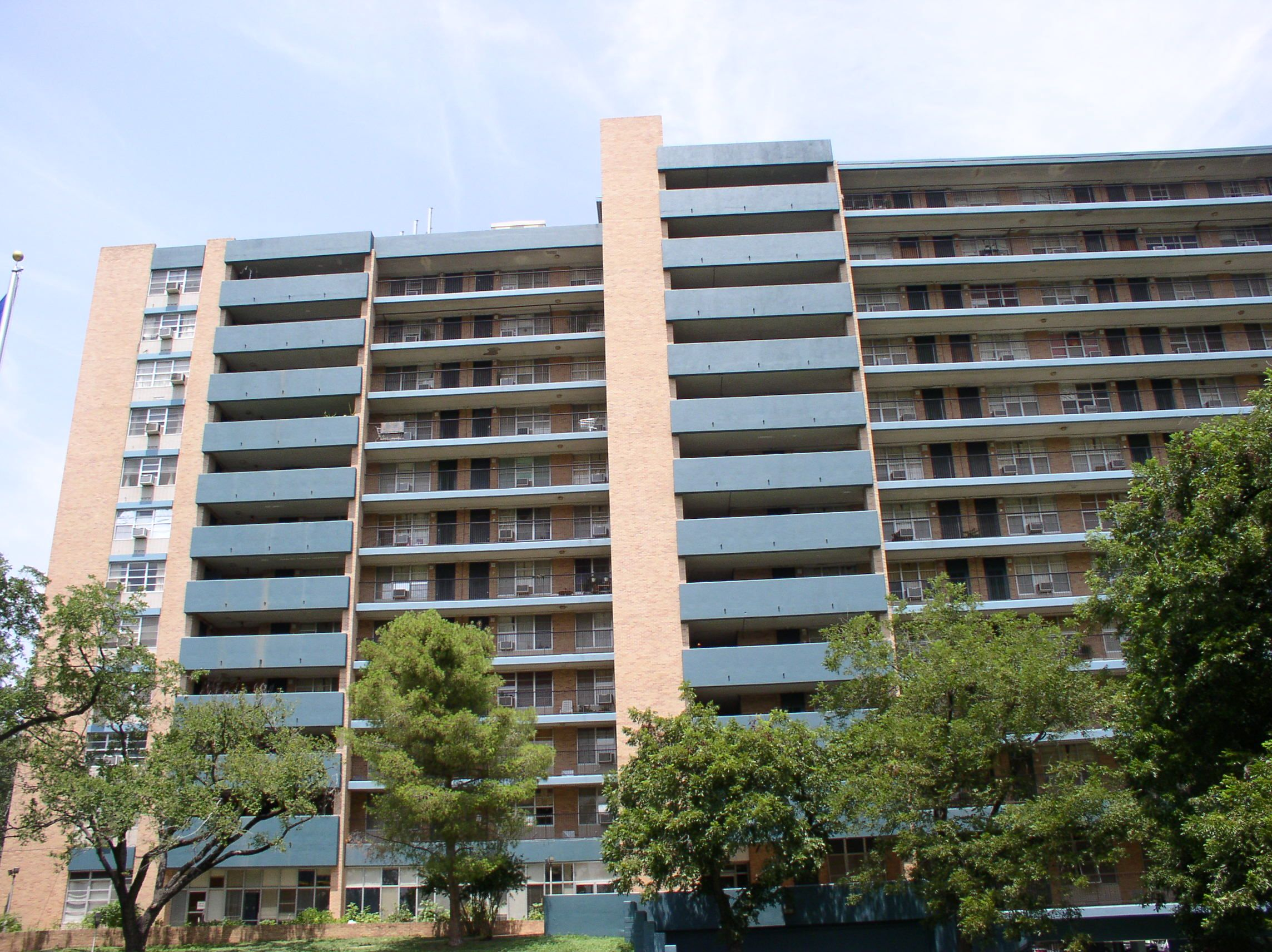 Lakeside - Austin Low Rent Public Housing Apartements, 85 ...