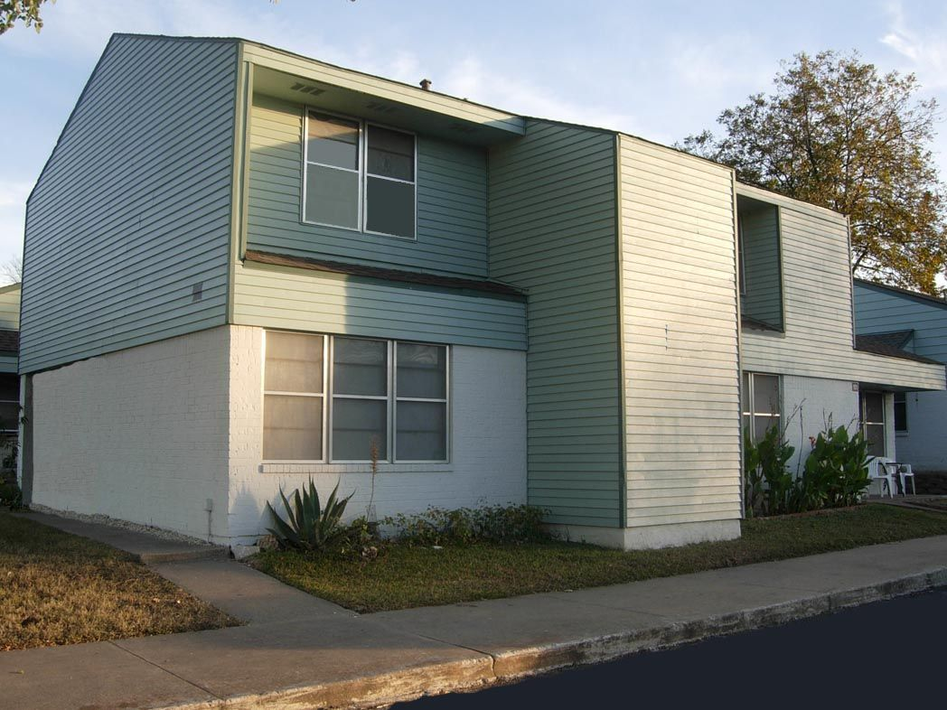 Thurmond Heights Austin Low Rent Public Housing Apartments 8426