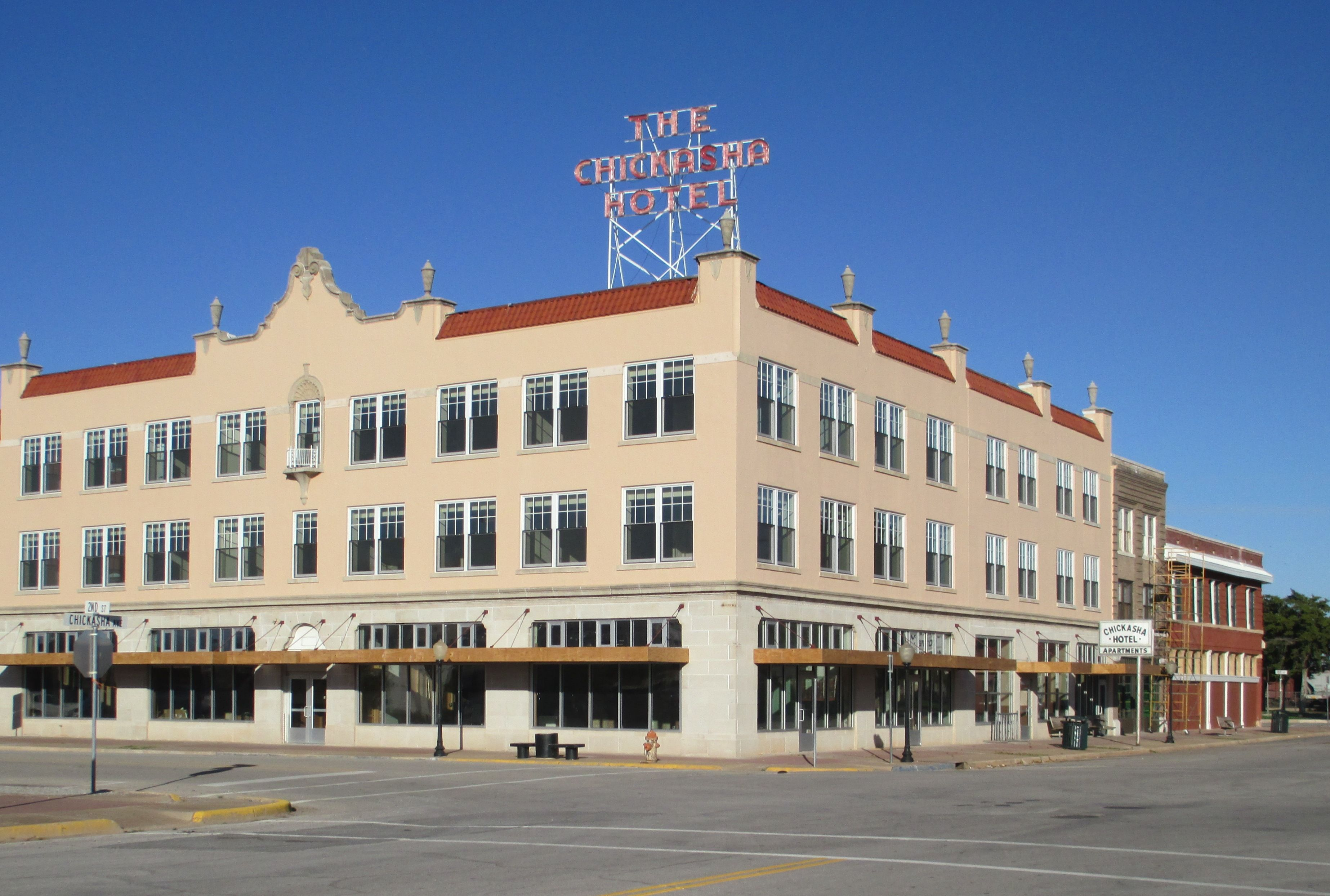 Chickasha Hotel Apartments