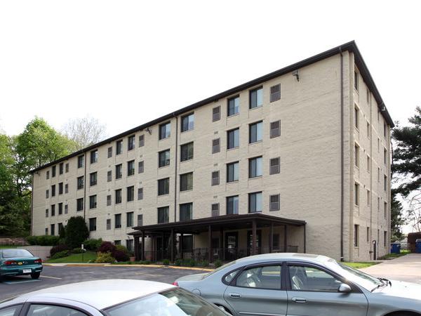 Shaler Oaks - Affordable Senior Housing