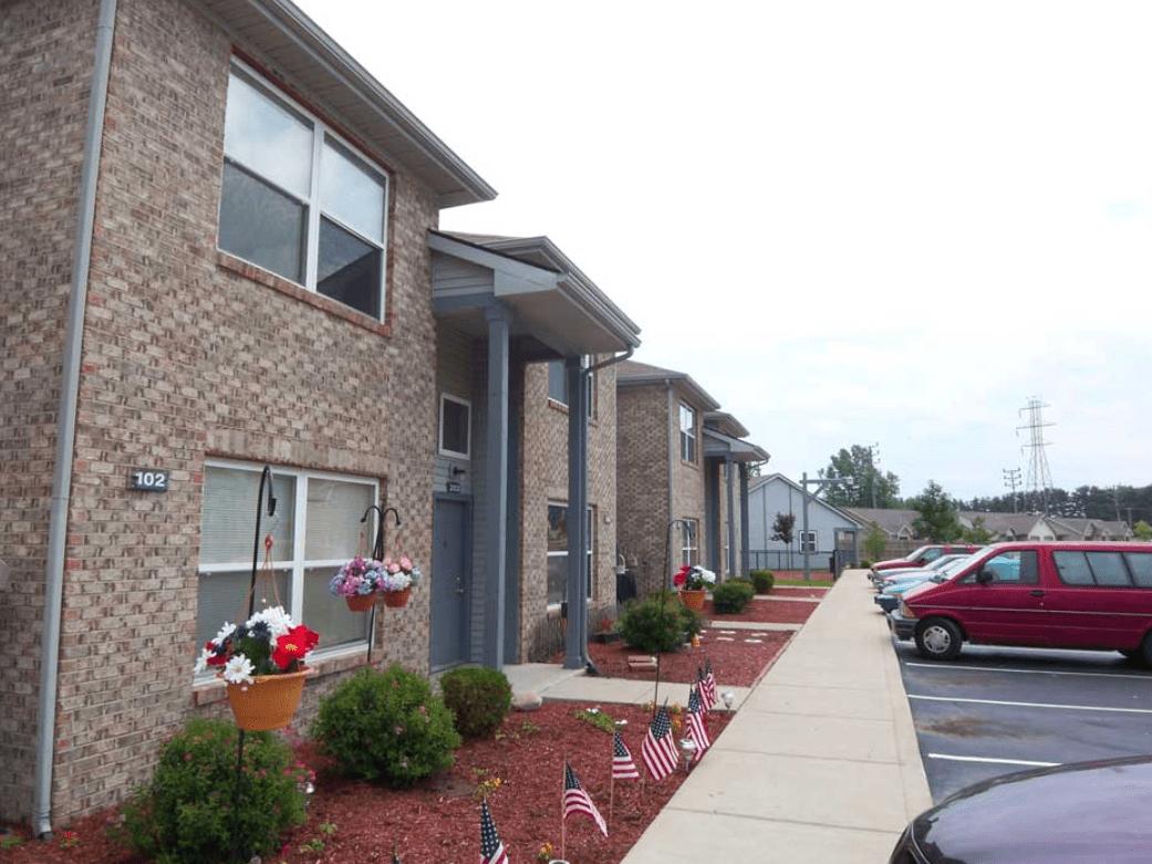 Canterbury House Apartments - Monticello