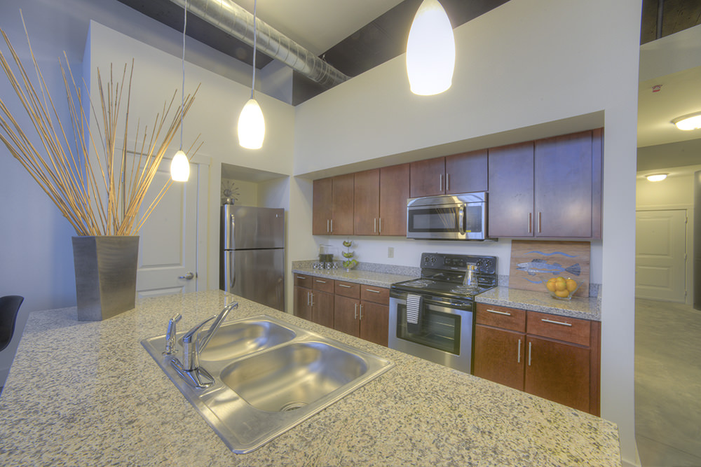 800 Capitol Apartments - Affordable Housing, 800 North ...