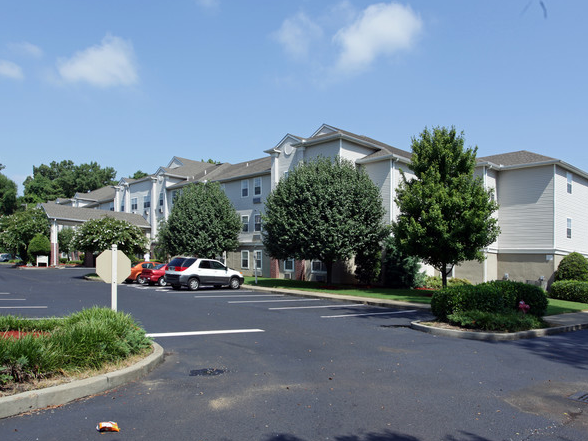 Hickory Hollow Senior Apartments - Affordable Housing