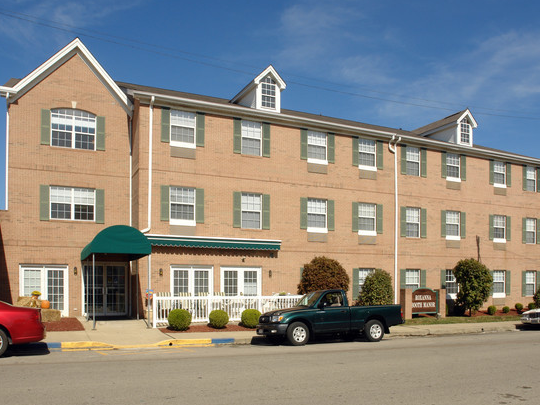 Roxanna Booth Manor - Affordable Senior Housing