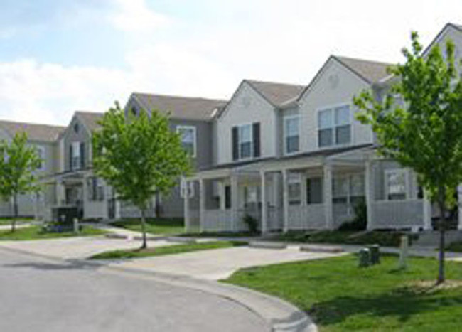Paige Pointe Townhomes - Low Income