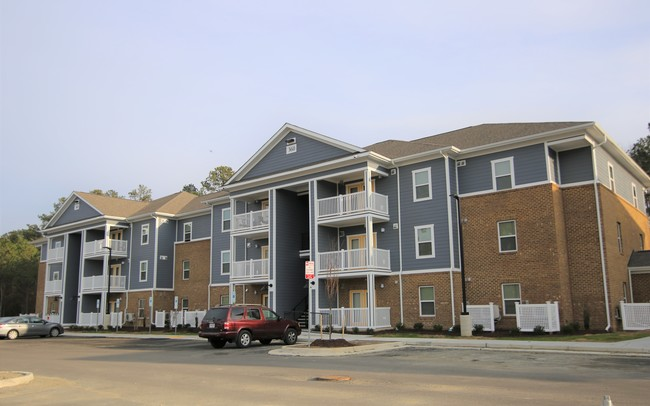 Apartments at Kingsridge - Affordable Community