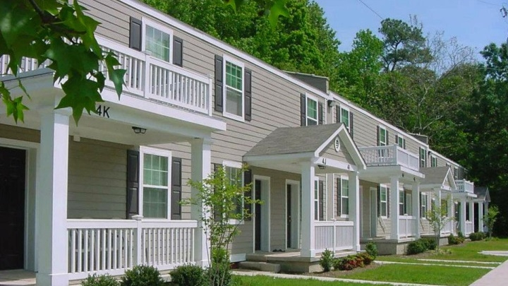 Woods at Yorktown Apartments - Affordable Community, 2801 ...