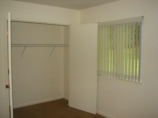 Oak Hill Apartments - Affordable Community