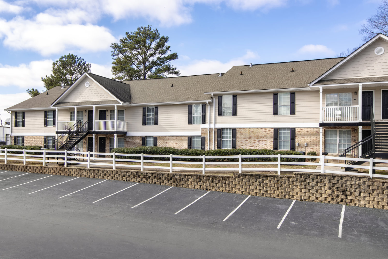 Breckenridge Apartment Homes - Affordable Community