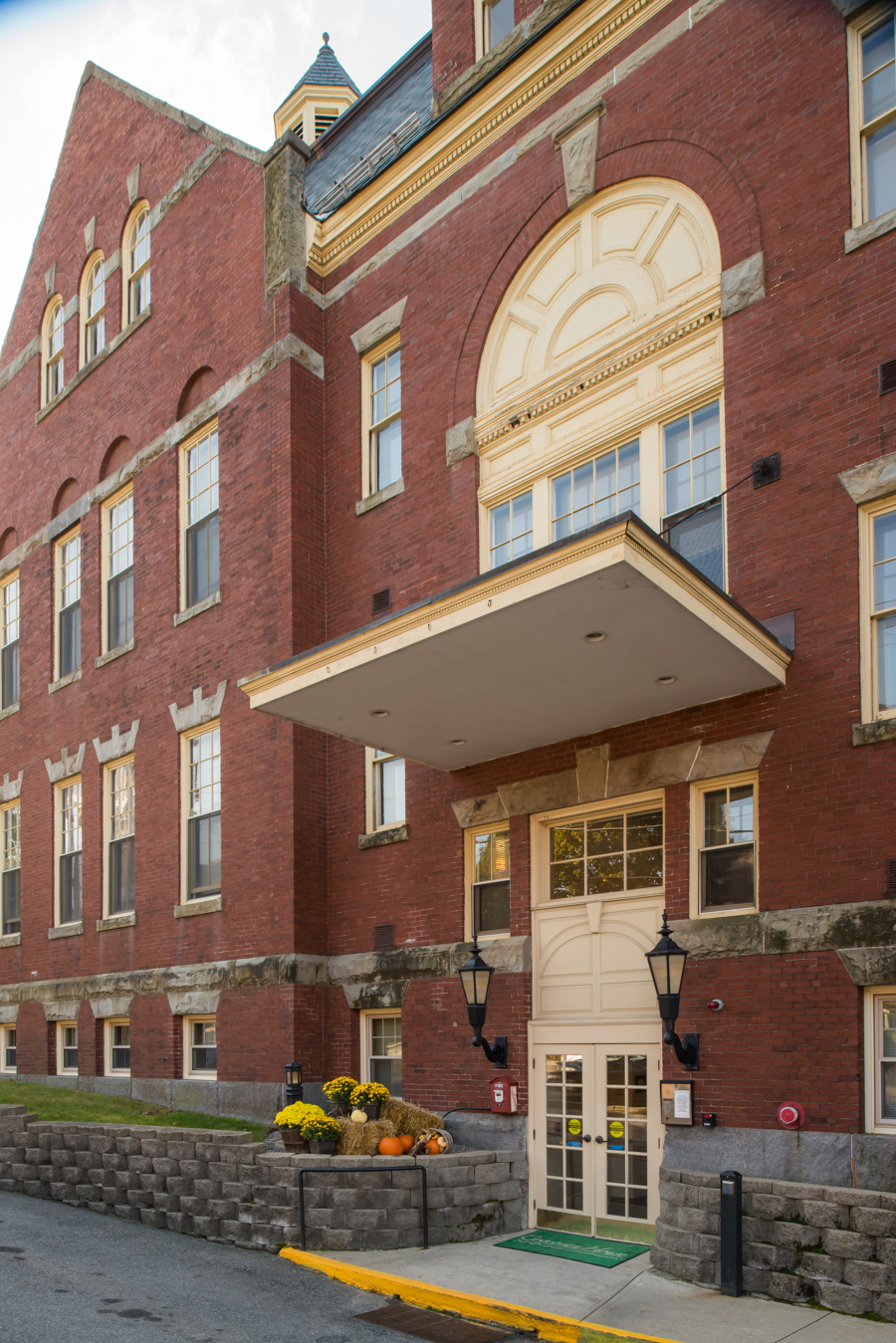 Corcoran House - Affordable Assisted Living