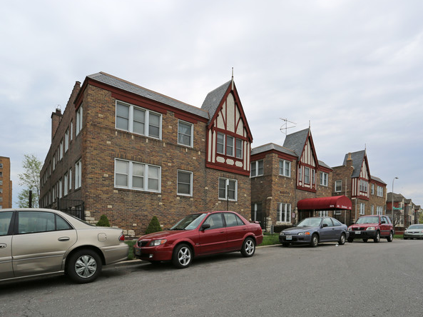Pennbrooke Apartments - Affordable Community