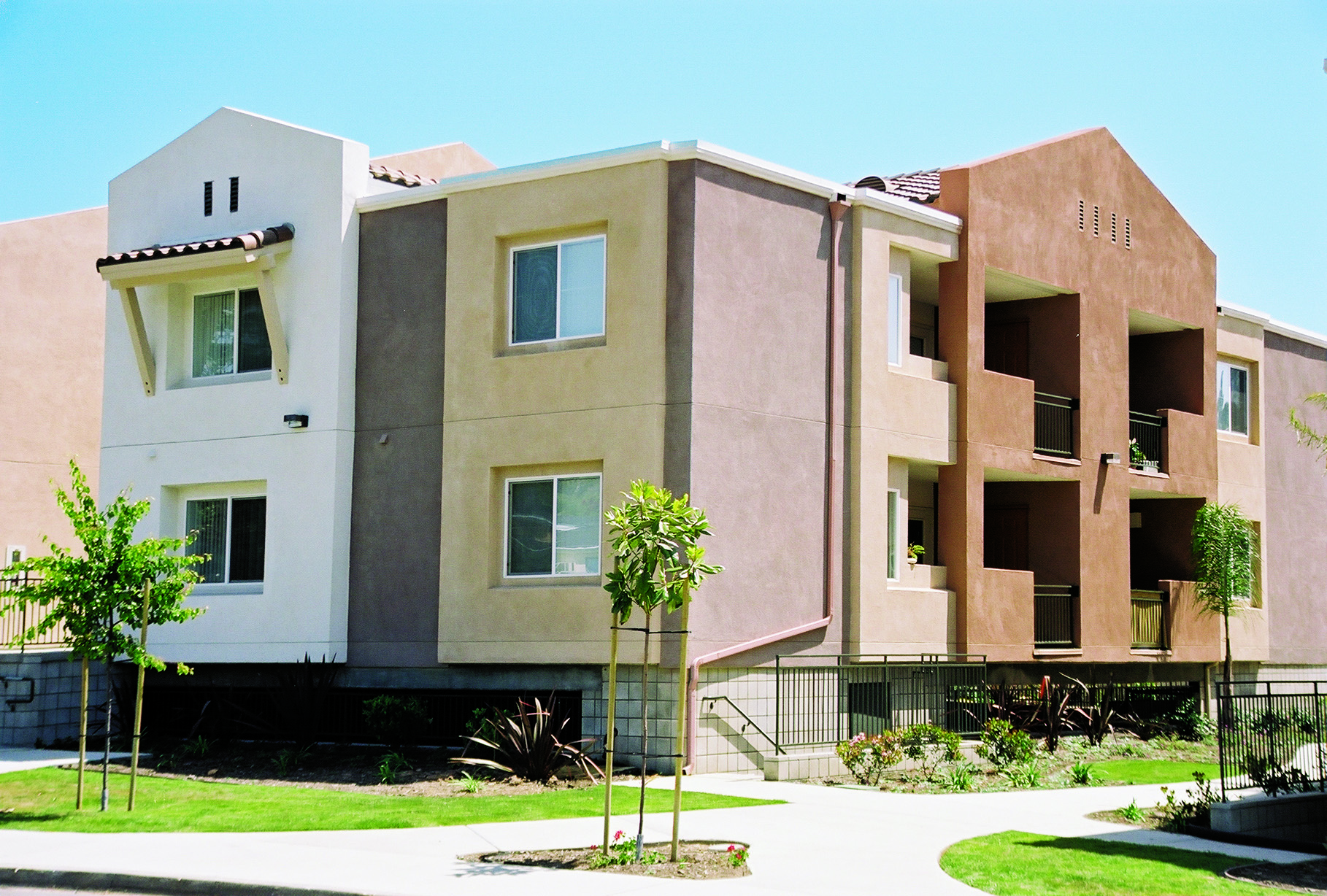 Ventaliso Apartments - Affordable Community, 609 Richmar ...