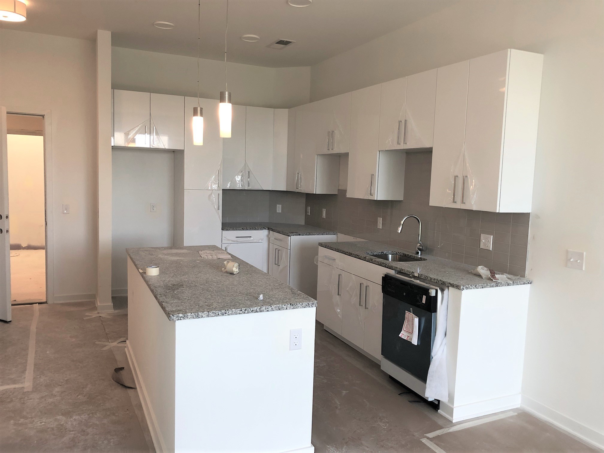 Momentum at Shady Grove Apartments - Affordable Community