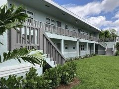 Emerald Palms Apartments in Fort Lauderdale