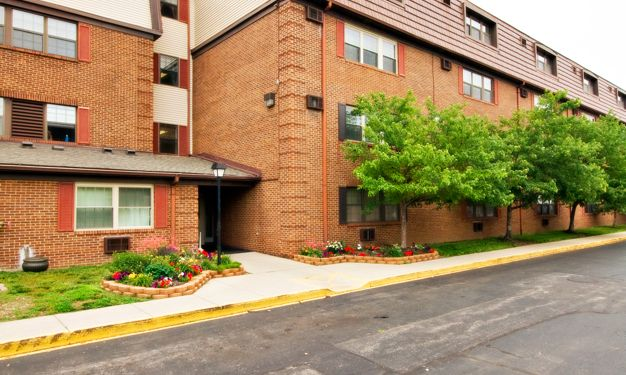 Miamisburg Manor - Senior Affordable Apartments, 15 W ...
